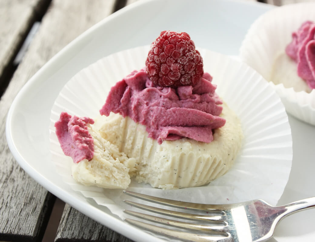 Roher Himbeer Cashew Cupcake Rezept {flowers on my plate}