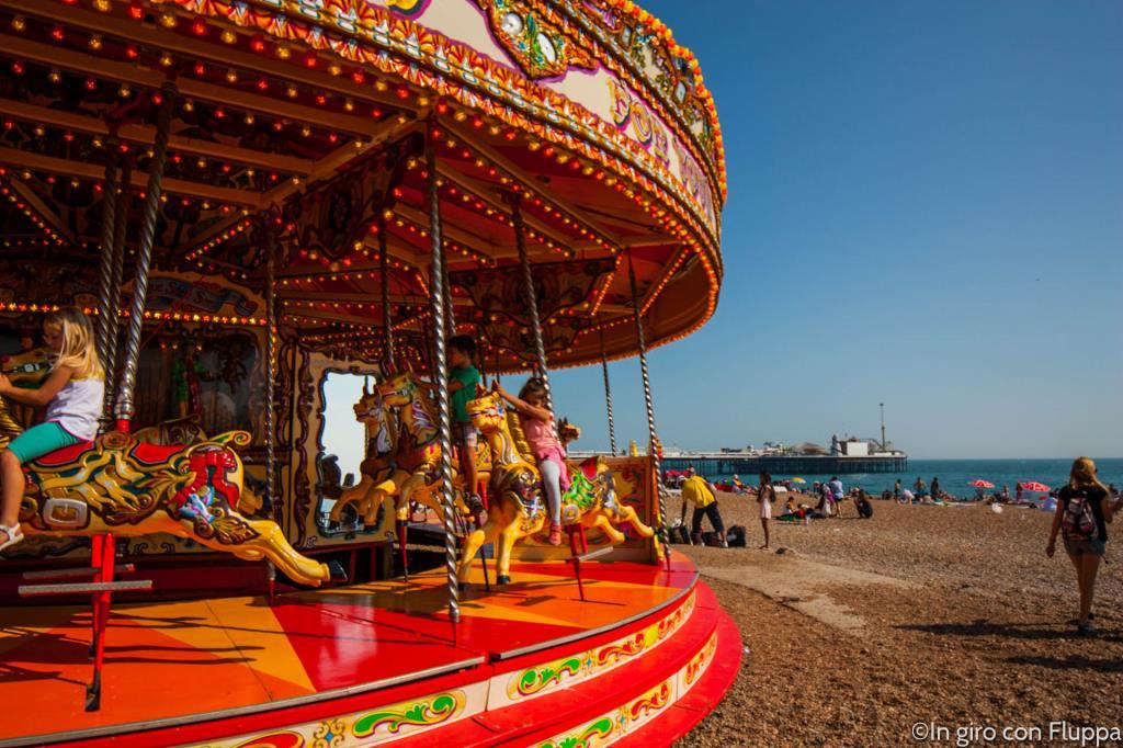 Brighton - giostre sulla spiaggia