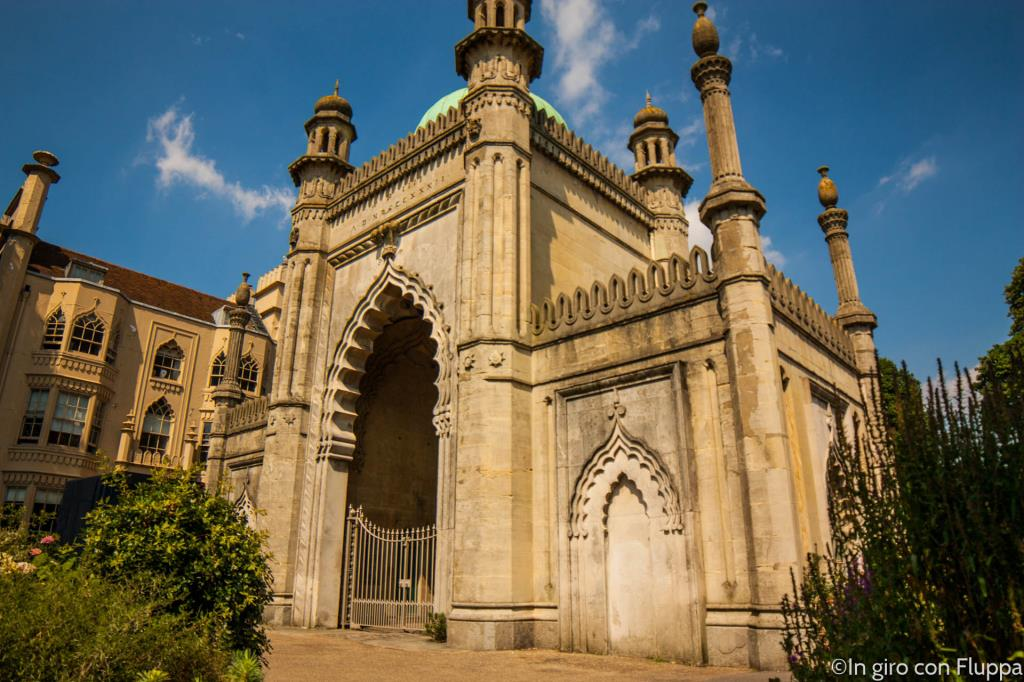 Brighton - The Royal Pavilion entrance
