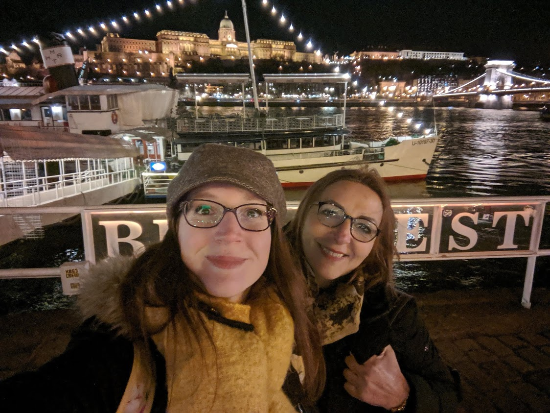 Cosa visitare a Budapest in 4 giorni: passeggiata sul lungofiume