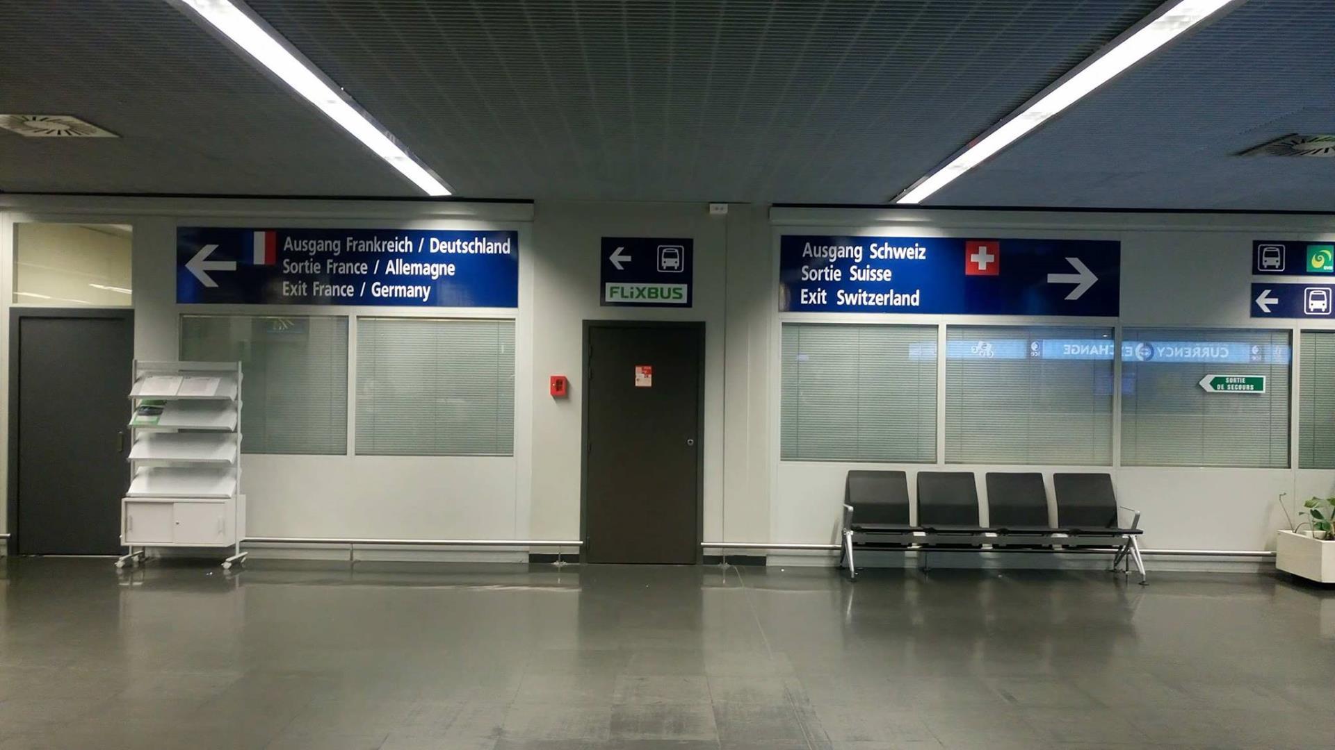 Uscita dell'aeroporto di Basilea