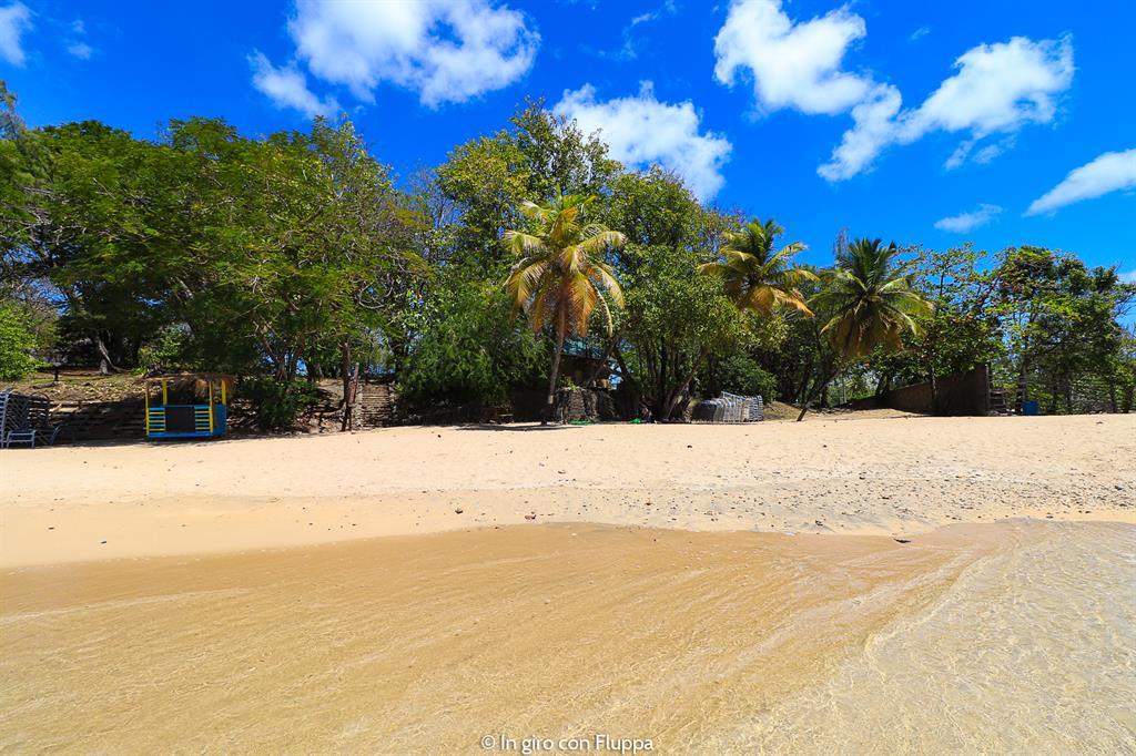 Cosa fare a Santa Lucia, Caraibi: la spiaggia del parco nazionale Pigeon Island