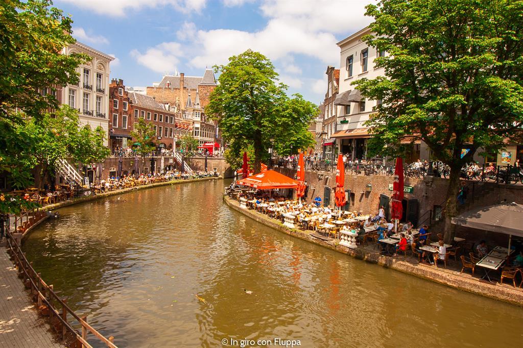 Mangiare lungo i canali di Utrecht