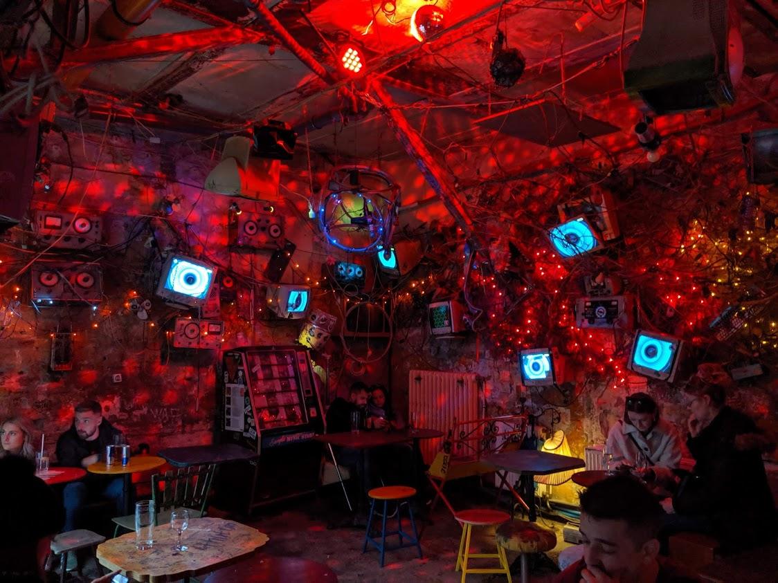 I Ruin Pub di Budapest - Szimpla Kert