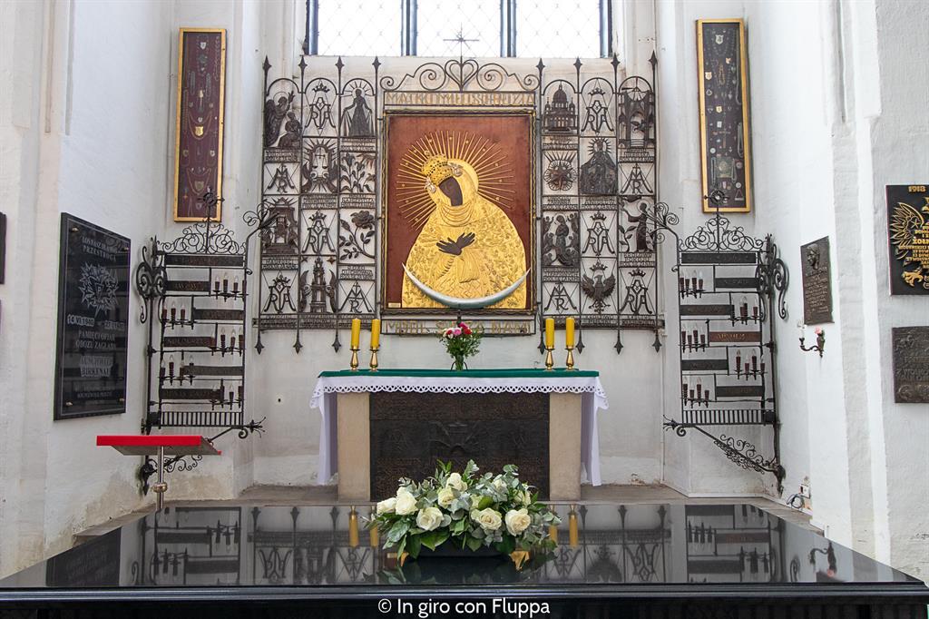 Cosa visitare a Danzica in un giorno: Basilika Mariacka, madonna nera