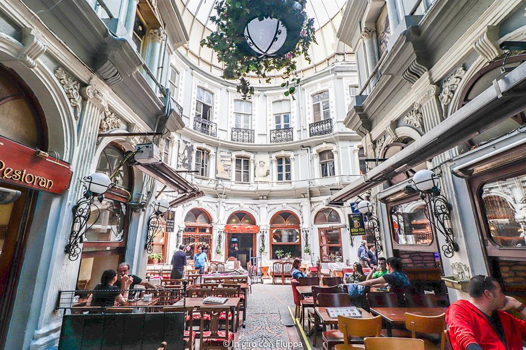 Istanbul, Via dell'Indipendenza (Istiklal Caddesi)
