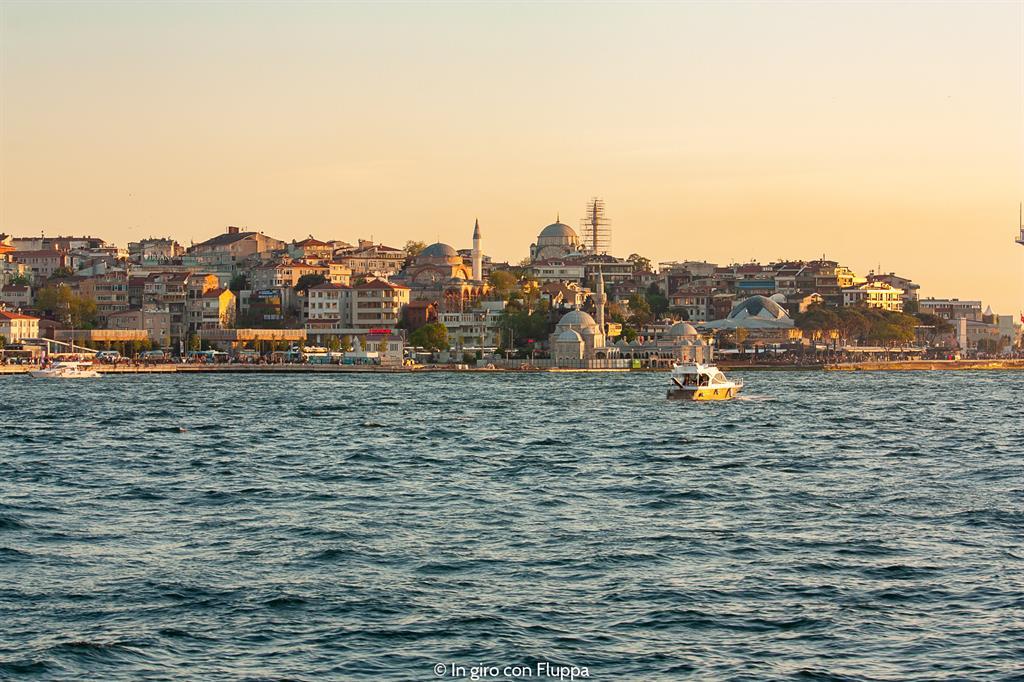 Istanbul, Crociera sul Bosforo