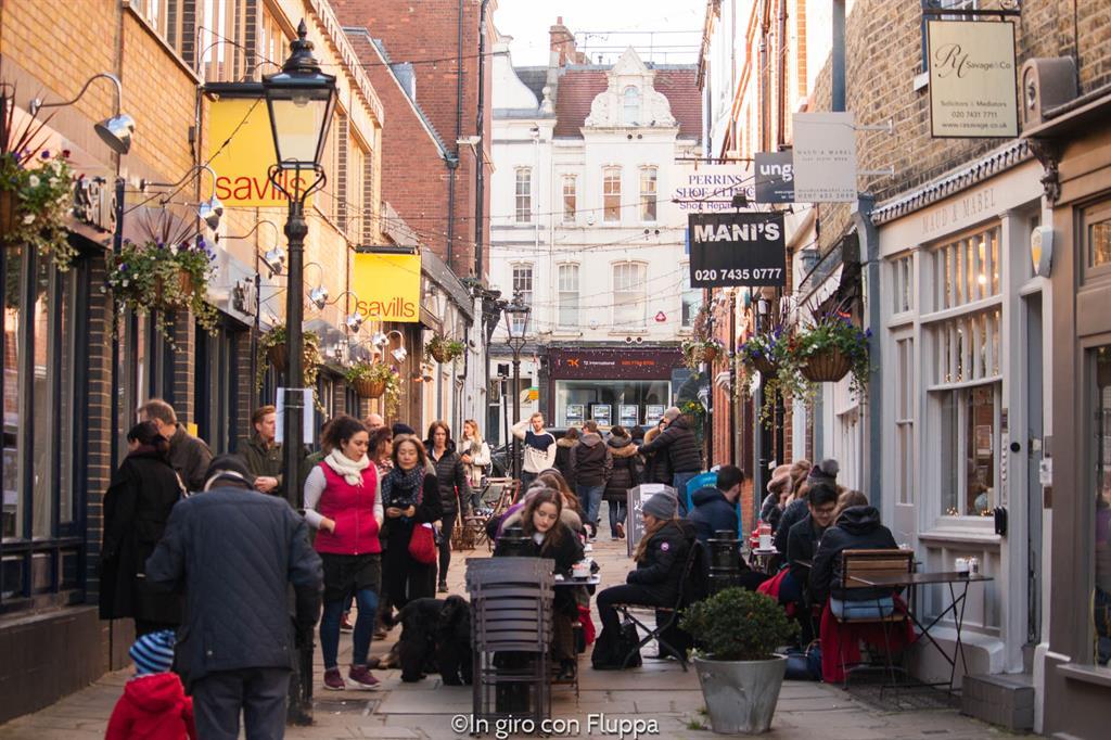Angoli nascosti di Londra: Hampstead, Perrin's Court