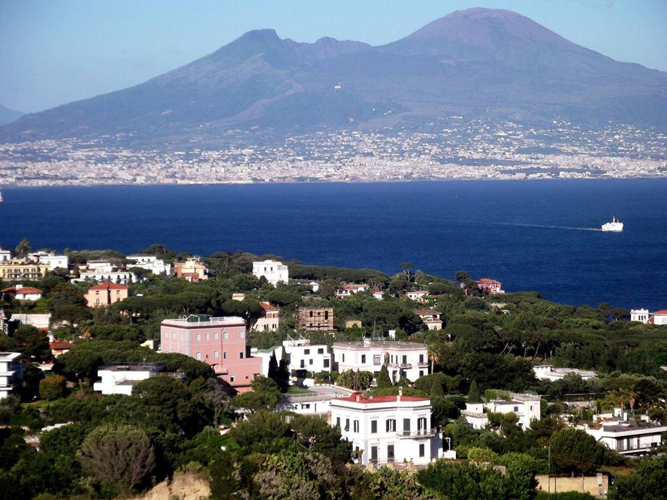 Il Vesuvio visto dal Parco Virgiliano