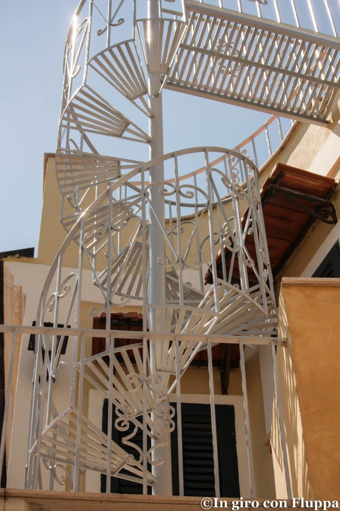 Spiral staircase - Forio d'Ischia