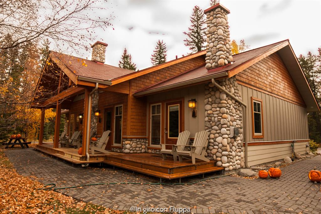 Patricia Lake Bungalows