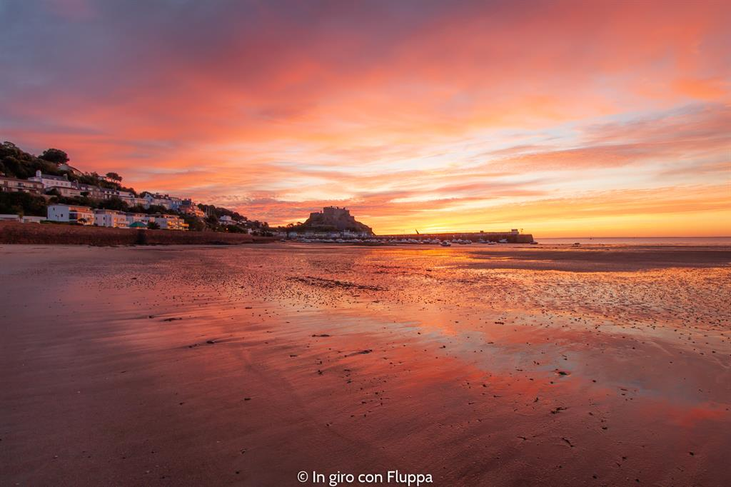 Cosa vedere a Jersey: alba a Mont Orgueil