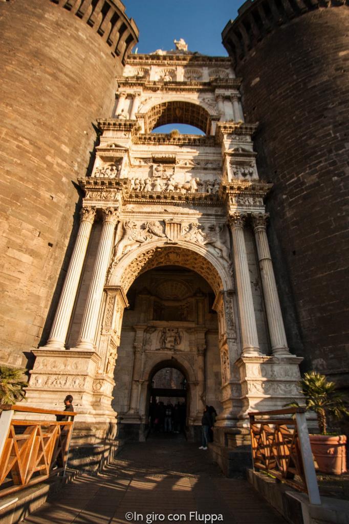 Maschio Angioino - ingresso