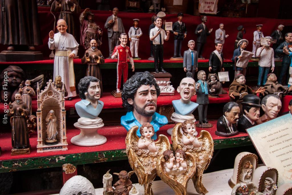 San Gregorio Armeno - figurines