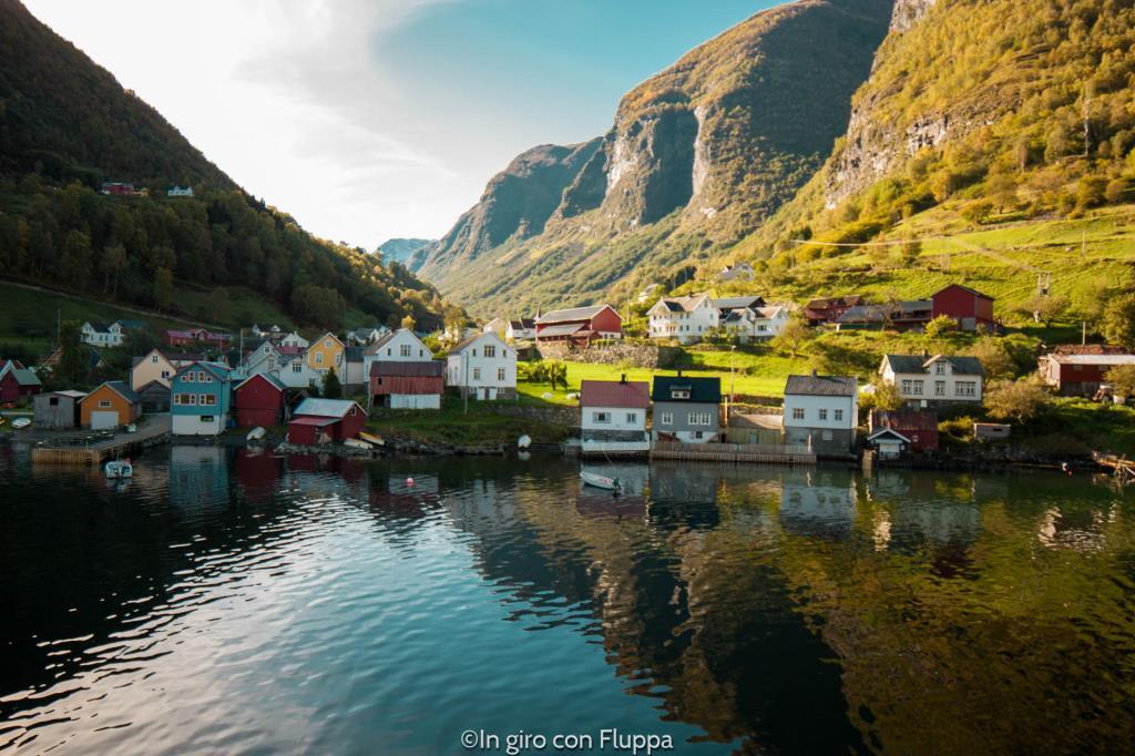 Il villaggio di Undredal, nell'Aurlandsfjord