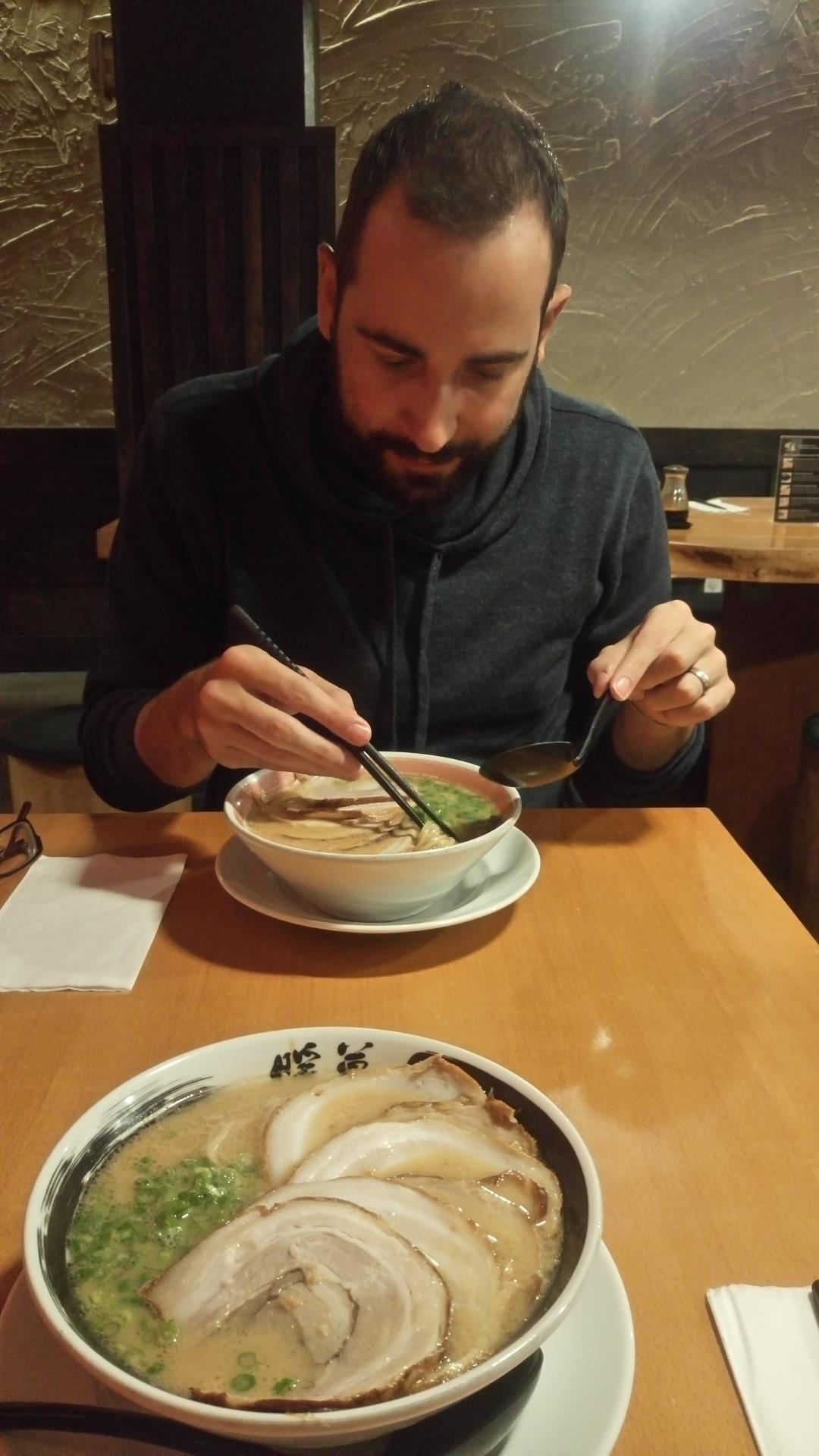 Massimo e il suo primo Ramen - Denbo, Vancouver