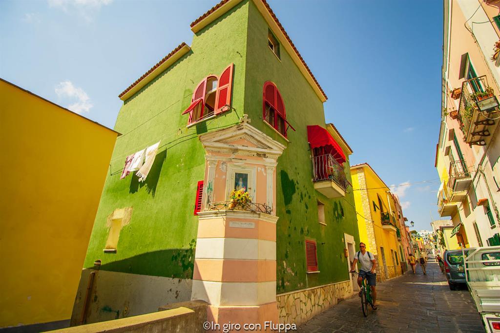 Gite di un giorno da Napoli: Procida, Chiaiolella