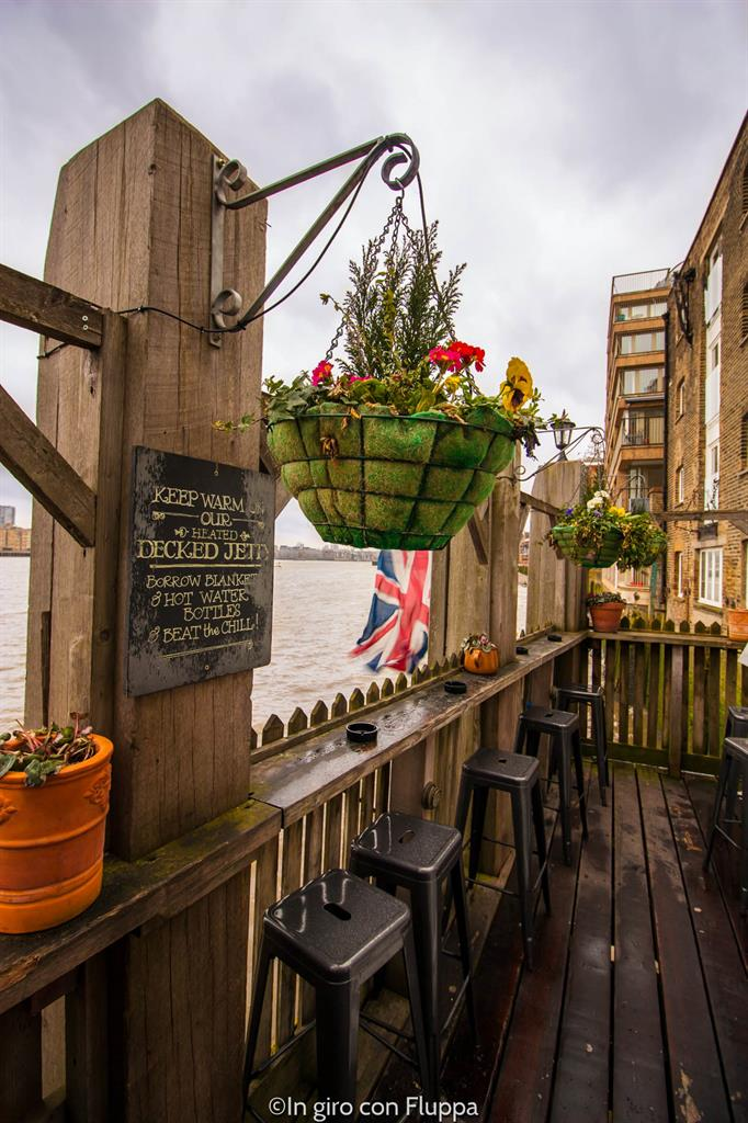 Rotherhithe - The Mayflower pub