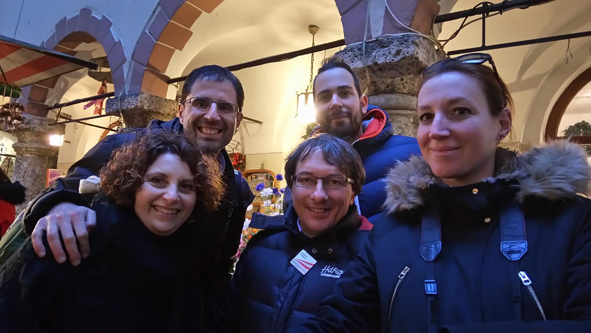 Salisburgo - Foto di gruppo con la nostra guida Francesco