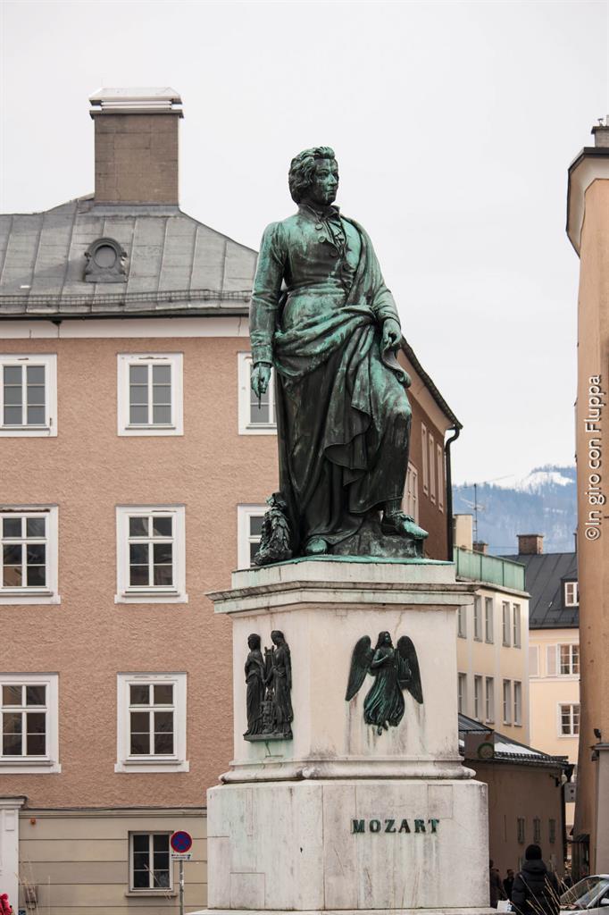 Salisburgo - statua di Mozart