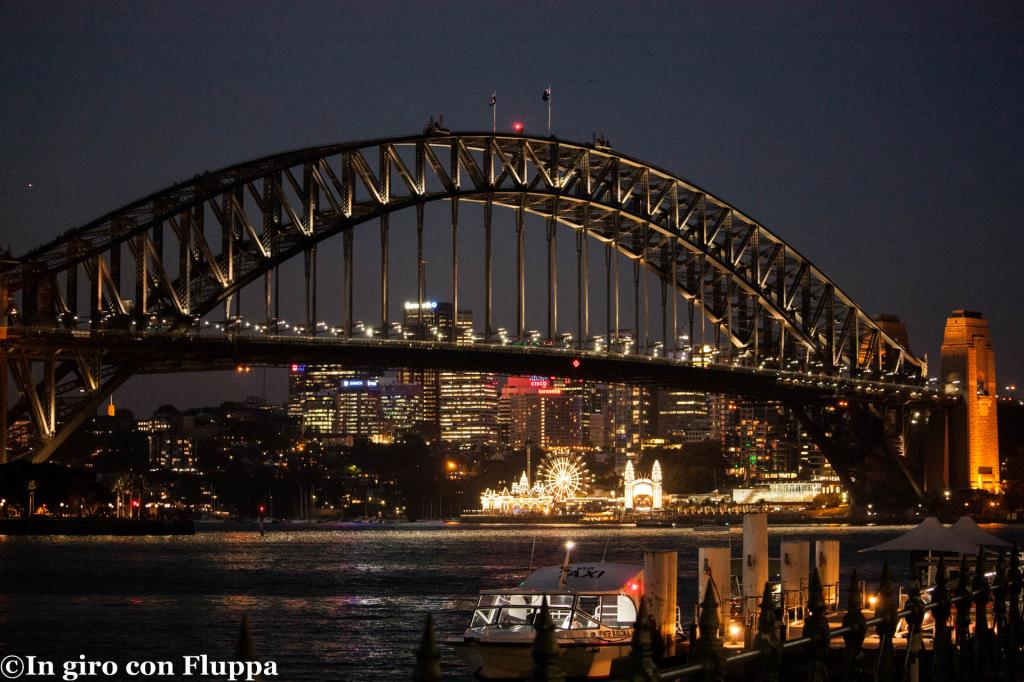 Harbour Bridge di sera