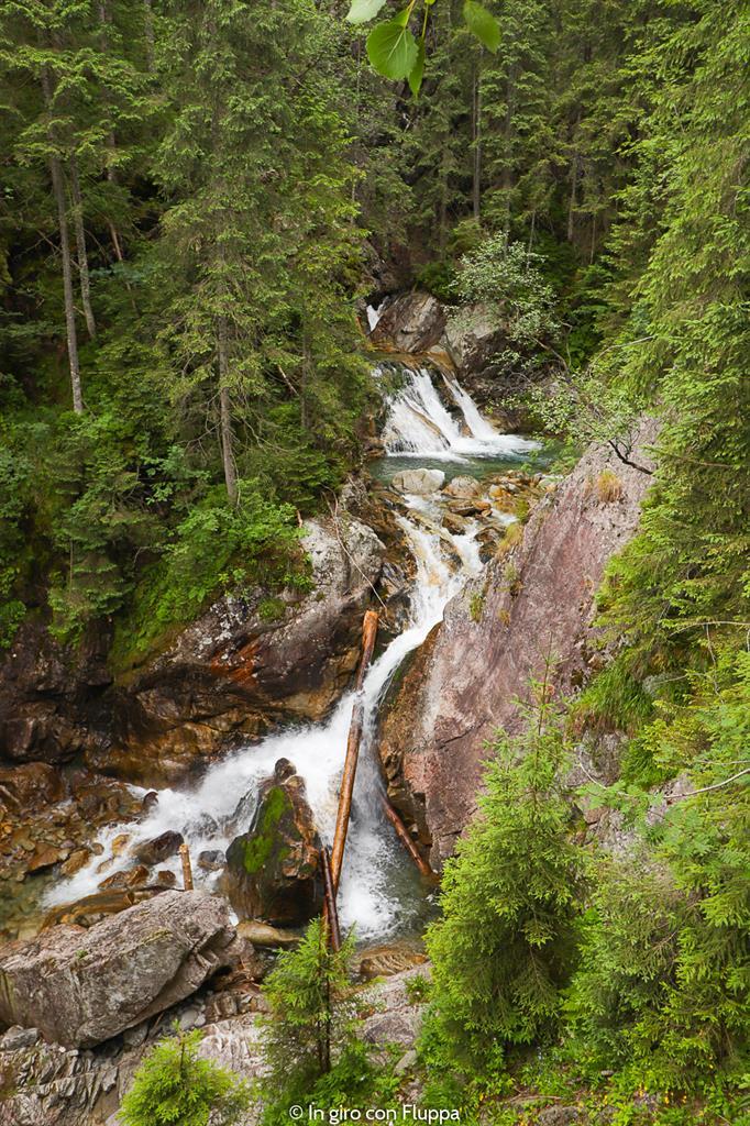 Trekking in Polonia, escursione sui Monti Tatra: cascata Wodogrzmoty Mickiwicza