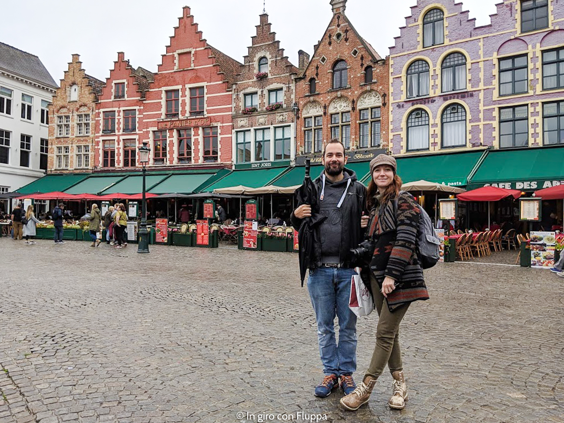 Cosa vedere a Bruges in un giorno: Piazza del Mercato