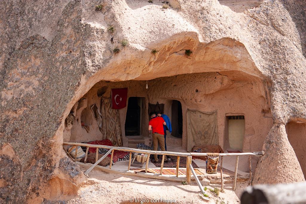 Viaggio in Cappadocia: il tour rosso. Castello di Uchisar.