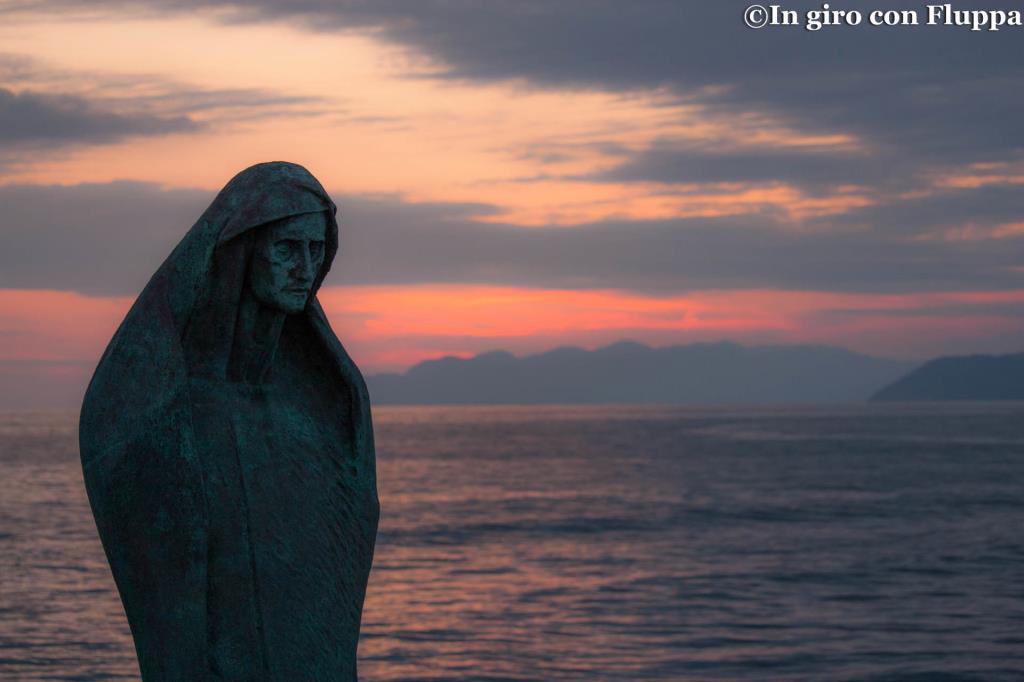 Marina di Pietrasanta - statua di S.Antonio