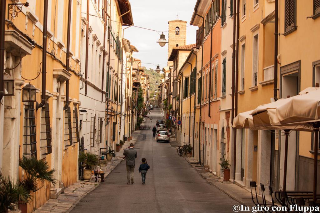 Pietrasanta - va Mazzini