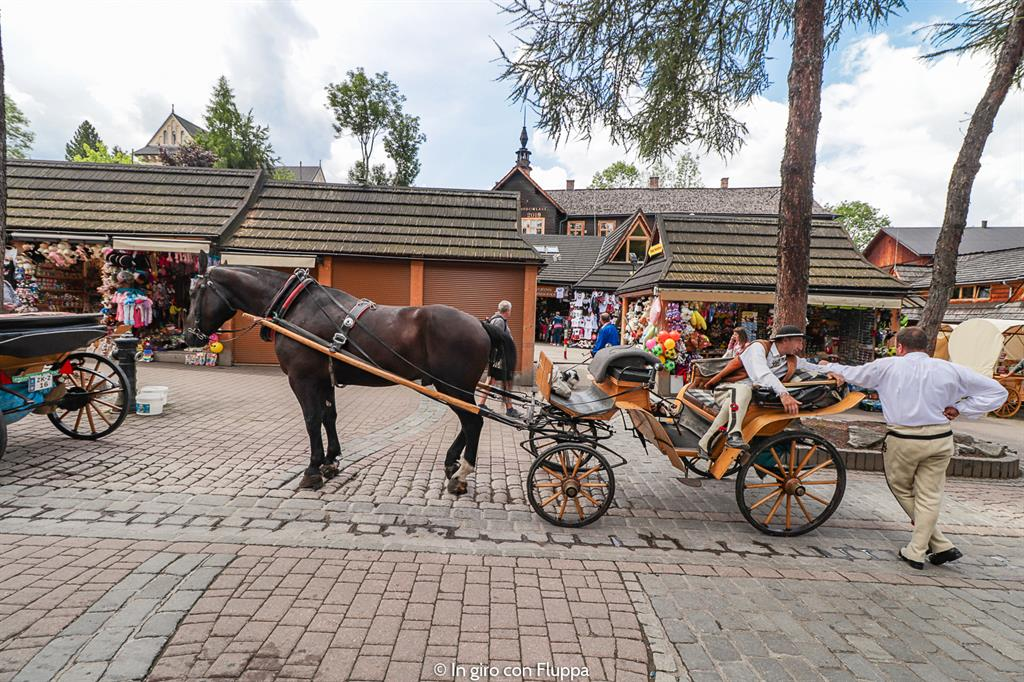 Cosa fare a Zakopane d'estate: passeggiare su Krupówki