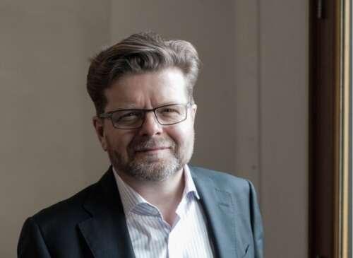 Peter Hoare2
