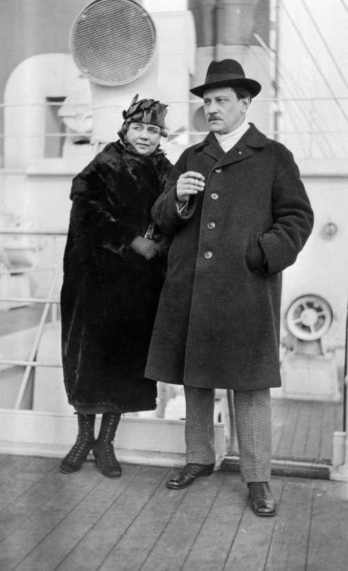 Selim Palmgren And Maikki Jarnefelt Aboard A Ship 1921 C Arthur Coit Museovirasto