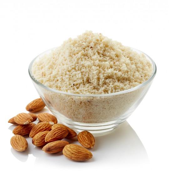 almond flour Kalorien-Nährwerte