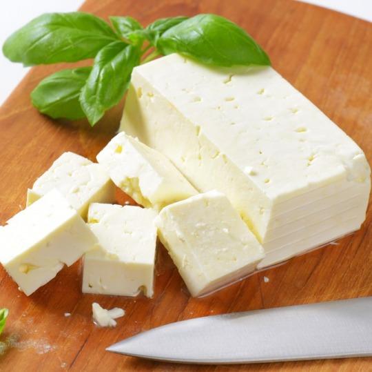 goat cheese (semisoft type) Kalorien-Nährwerte