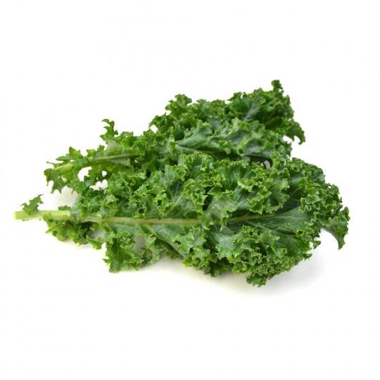 fresh green cabbage Kalorien-Nährwerte