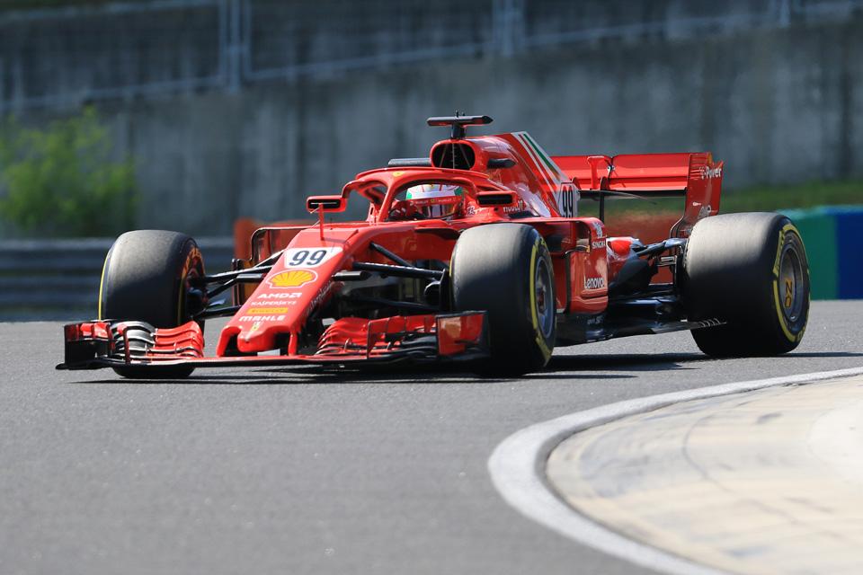 Ferrari testing Giovinazzi