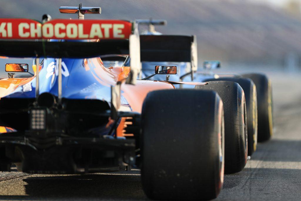McLaren F1 Barcelona Gearbox Sainz