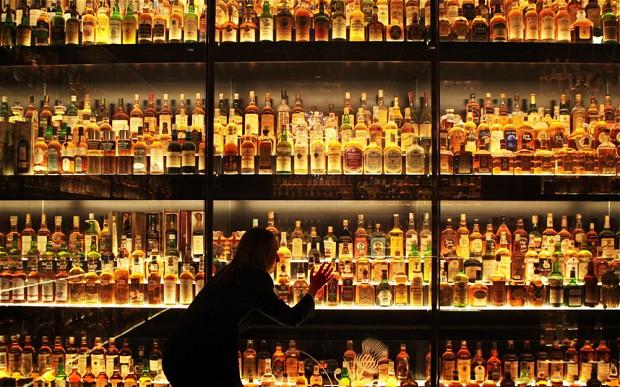 whisky_2452205b.jpg