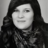 Annika Roth