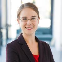 Dr.Juliane Hobusch