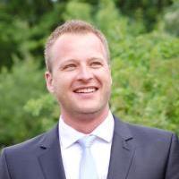 Dr. Michael Niekamp