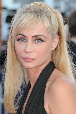 Photo of Emmanuelle Béart