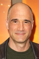 Picture of Elias Koteas