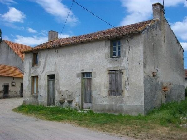 Azat le ris 87360 maison ancienne r nover dans un for Assainissement maison ancienne