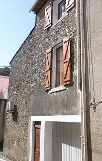 Jolie maison en pierres avec 2 chambres