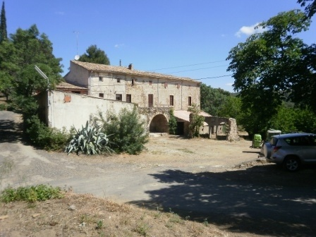 Wine producing property with hectares of land and stunning views