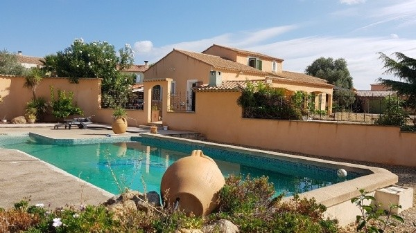 Large Villa With 180 m2 On 4000 m2 With Outbuildings, Buildable Land, Pool And Open Views.