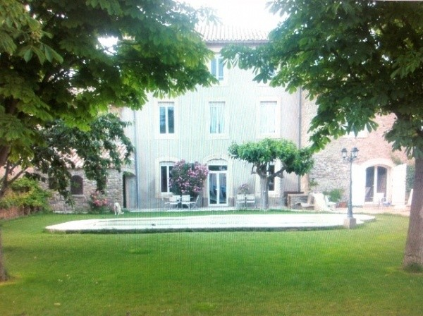 Renovated Maison De Maitre With 5 Bedrooms And Private Garden With Pool. Lots Of Character.