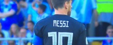Messi di spalle in Argentina Islanda di Russia 2018